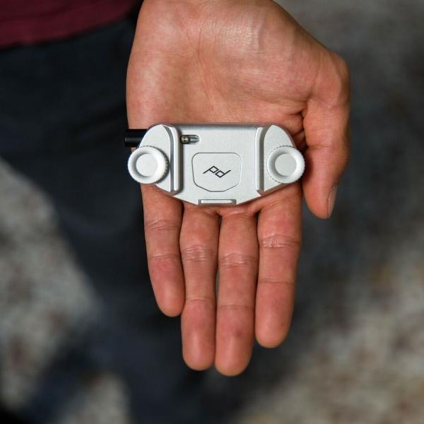 Cámara de captura de Diseño Pico Clip V3 plata con placa